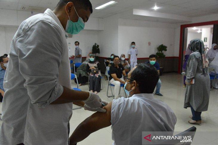 12 ribu nakes di Aceh sudah divaksin COVID-19 dosis kedua