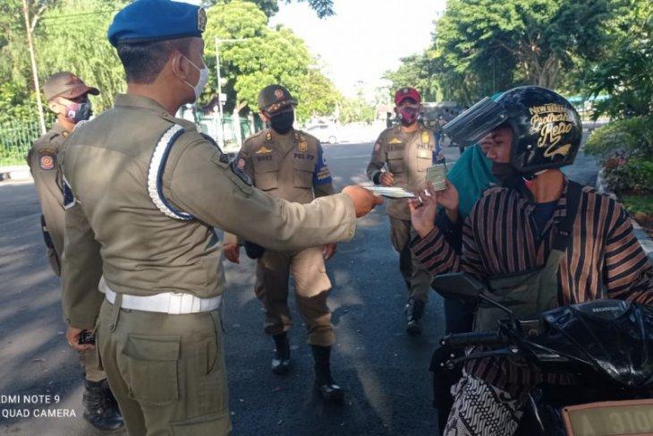 Satgas COVID-19 Lebak kembali bagikan masker ke masyarakat