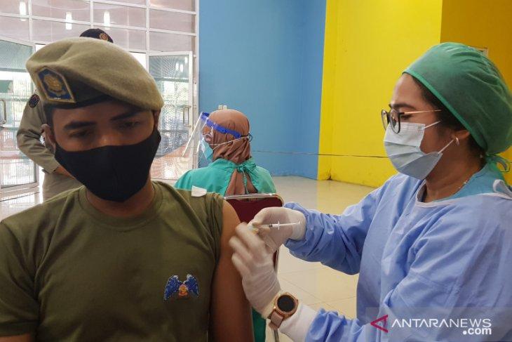 Ada 500 juru vaksin Bekasi dilibatkan pada vaksinasi tahap dua (video)