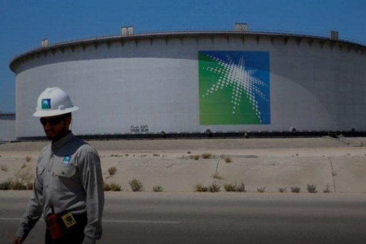 Aramco meminta perpanjangan satu tahun untuk pinjaman 10 miliar dolar