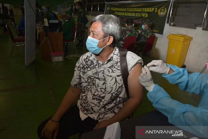 Govt relying on vaccine drive, economic stimulus to script recovery