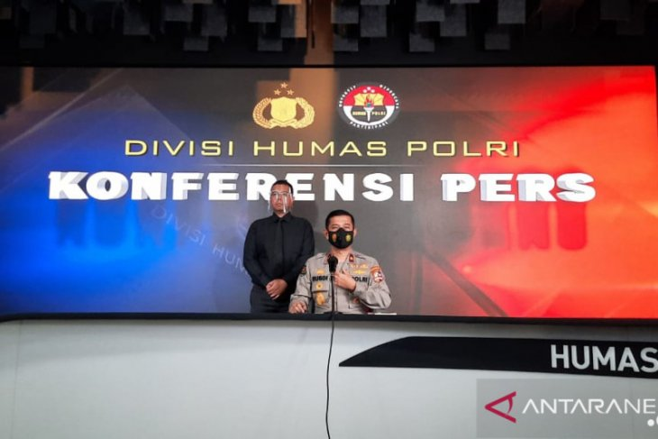 12 terrorists apprehended in East Java are Al-Qaeda affiliates: Police