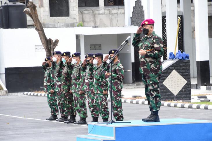 Komandan kapal perang TNI AL Lantamal VIII tandatangani pakta integritas