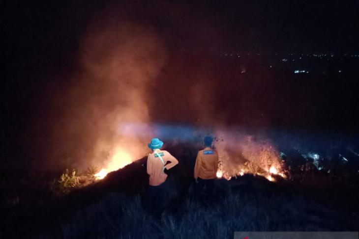 Dua unit rumah semi permanen di sipis-pis terbakar