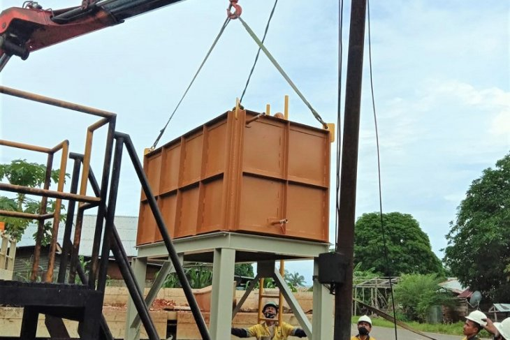 BKP-BTR bantu tangki penampung solar untuk mesin genset di Desa Lurang