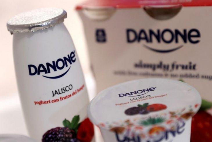 Di bawah tekanan pemegang saham, Danone menjual aset di China