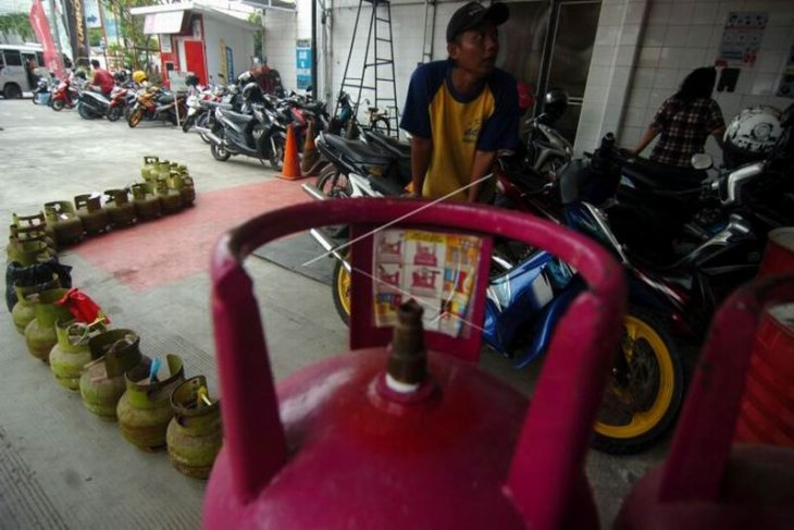 Penjualan gas elpiji