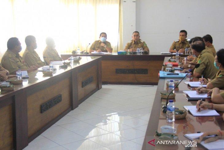 Hari pertama, Bupati Jembrana kumpulkan pimpinan OPD