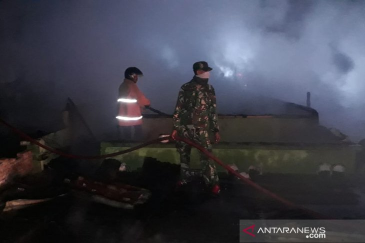 Fire razes nine homes in Aceh