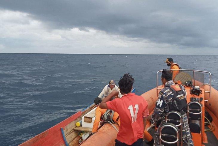 Basarnas Ternate selamatkan dua nelayan di Jiko Halmahera Selatan