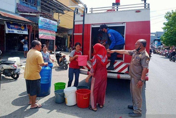 Pemkot Gunungsitoli bantu warga dapatkan  air bersih