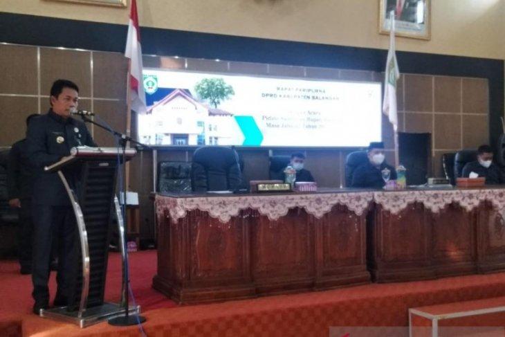 Bupati Balangan sampaikan pidato pertama pada sidang paripurna DPRD