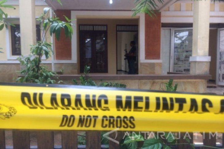 Polisi selidiki kasus pembunuhan seorang pemuda di Surabaya
