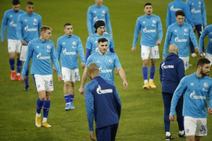 Schalke tunjuk Grammozis sebagai pelatih kelimanya