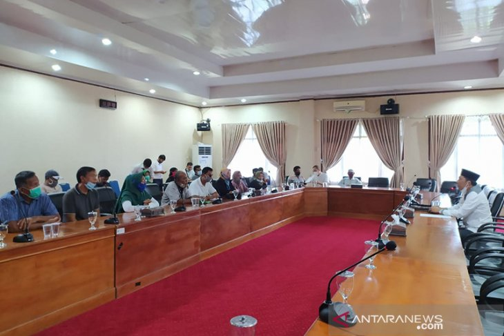 30 warga penggarap lahan Pelindo datangi DPRD Kota Bengkulu