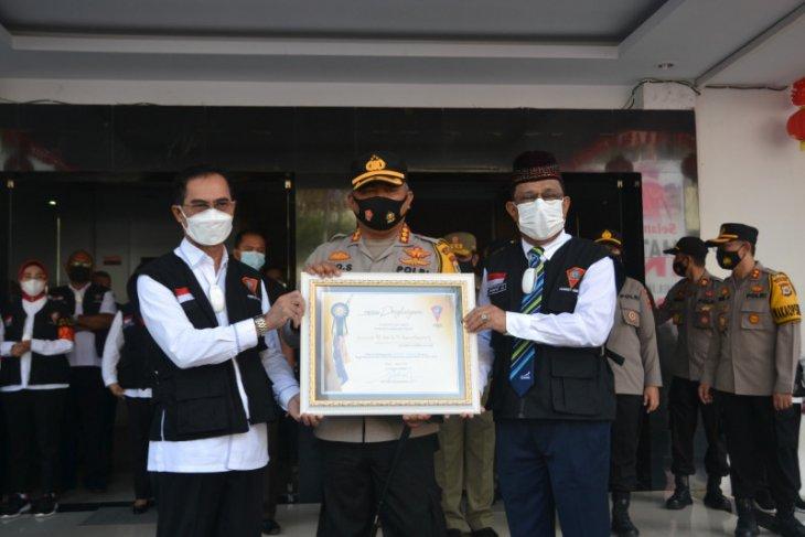 Pemkot Ambon beri penghargaan kepada Polresta Pulau Ambon
