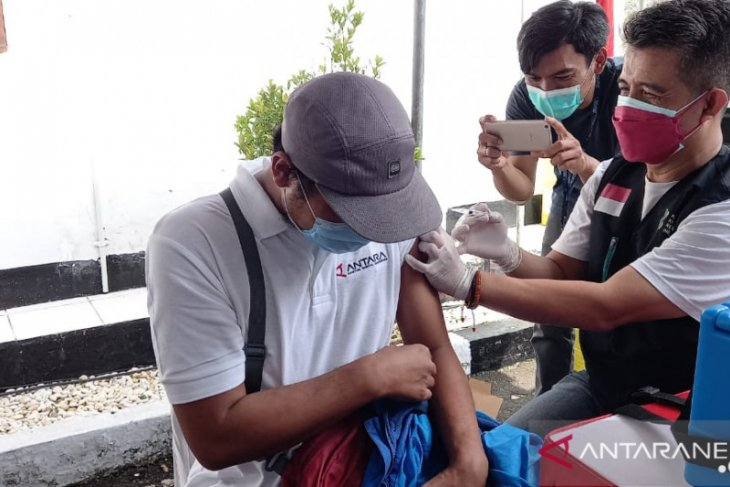 Pemkot Sukabumi prioritaskan jurnalis dapatkan vaksin COVID-19