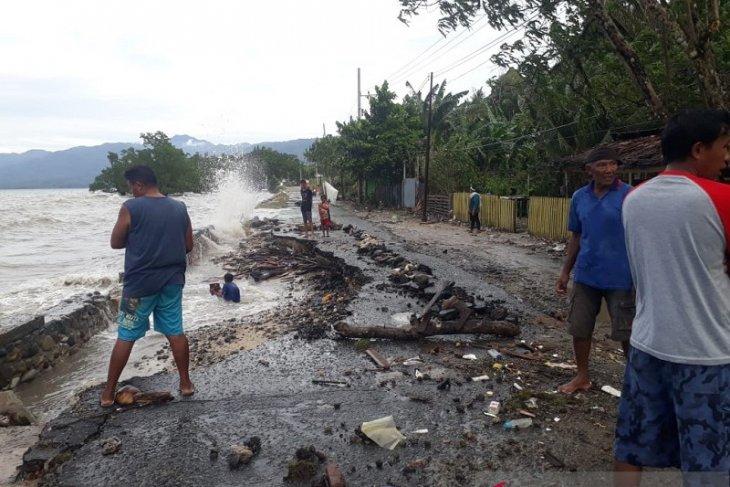 Polsek Leihitu telah  data kerusakan rumah akibat cuaca ekstrem