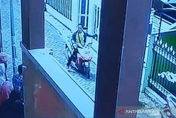 Pelaku pembunuhan pemuda Tenggumung Surabaya ditangkap di Madura
