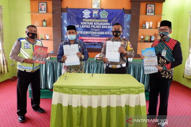 Polres Banjarbaru dan Kemenag sepakat integrasikan pendidikan lalu lintas