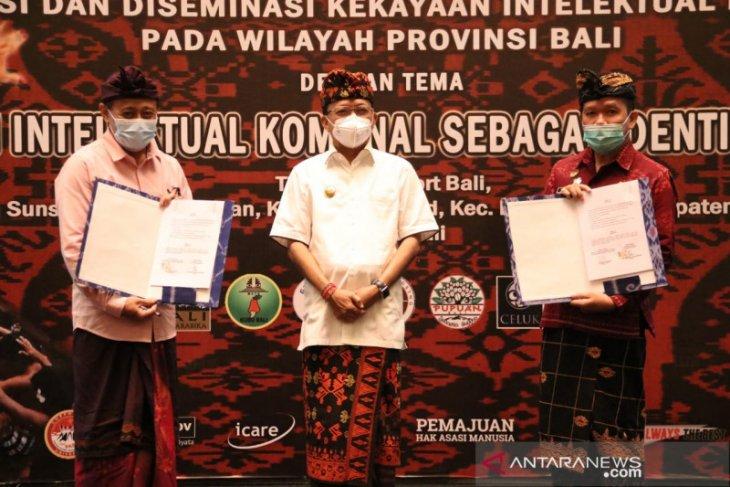 Gubernur Bali Koster serahkan 63 sertifikat merek perorangan