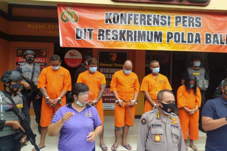 Polda Bali tangkap empat preman lakukan pemerasan