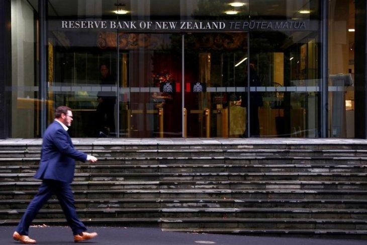 Bank-bank sentral global bersiap menghadapi risiko inflasi lebih tinggi
