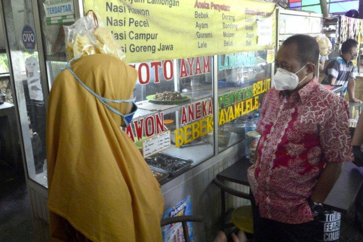 Pemkot Surabaya tawarkan solusi saat omset pedagang SWK turun