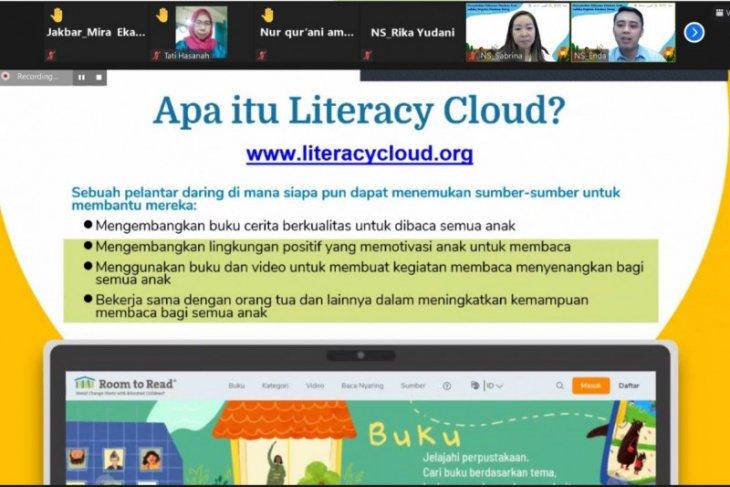 Room to Read latih guru pembelajaran interaktif