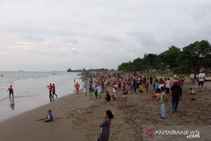 Anak 11 tahun hanyut terseret ombak di kawasan Pantai Padang