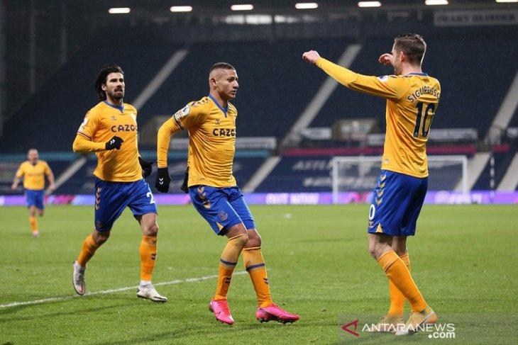 Everton sodok empat besar klasemen setelah kalahkan West Brom