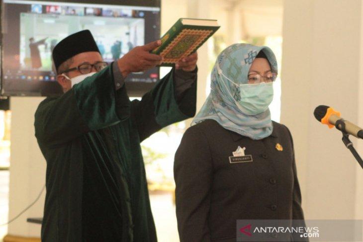 Bupati Iti lantik Penjabat Sekretaris Daerah Kabupaten Lebak
