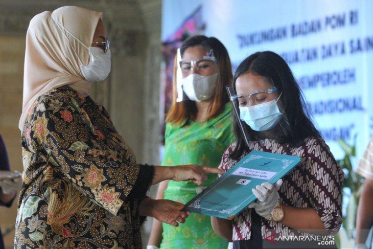 Badan POM berikan NIE dan sertifikat ke pelaku UMKM di Bali