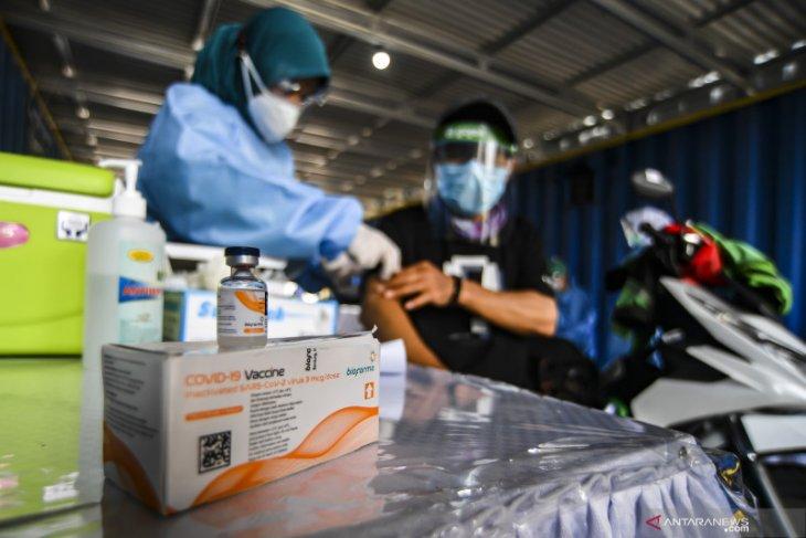 Kolaborasi vaksinasi COVID-19 lansia Pemerintah dan Gojek  diapresiasi mitra driver