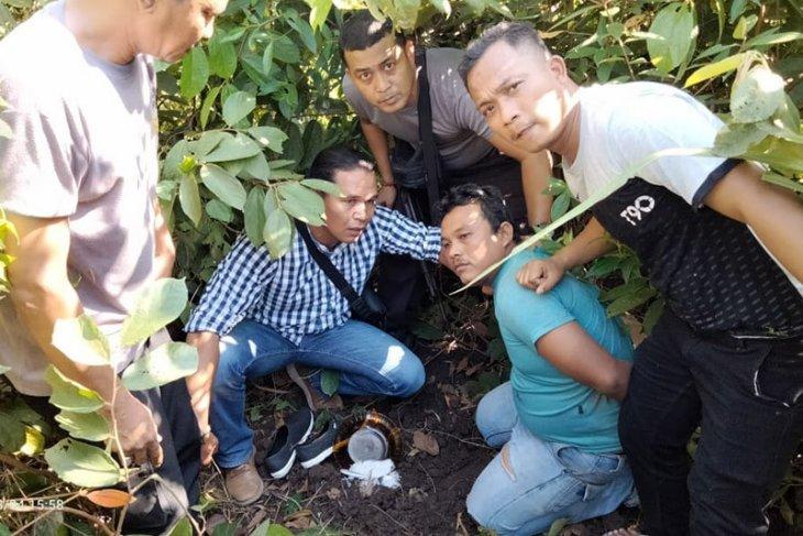 Tiga pengedar narkoba kabur hendak  ditangkap polisi di Aceh Timur