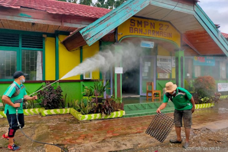 Kadisdik apresiasi hijau daun bersihkan sekolah pasca banjir