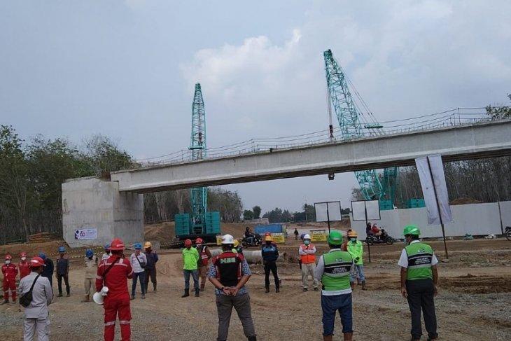 Pembangunan jalan tol Kuala Tanjung - Pematangsiantar