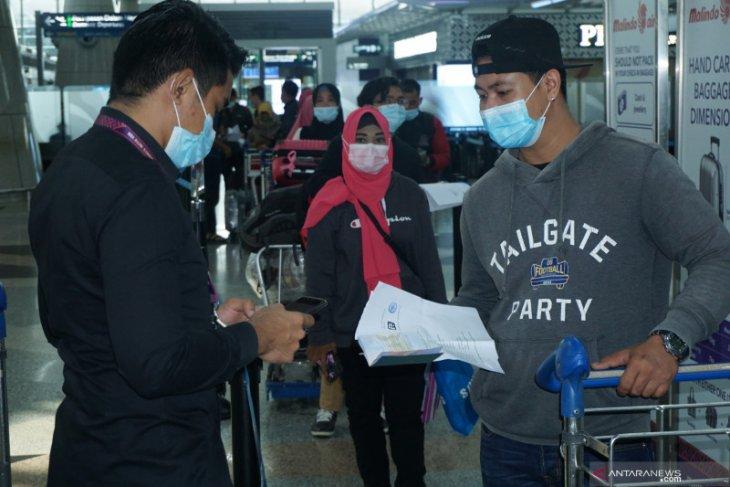 Sebanyak 179 pekerja migran nonprosedural pulang ke Surabaya