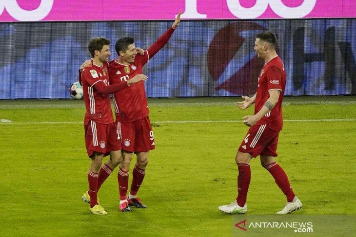 Bayern kokoh di puncak setelah Der Klassiker