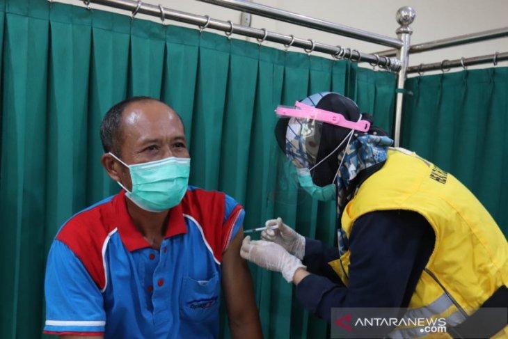Pemprov Bengkulu jemput bola ke perkantoran guna vaksinasi COVID-19