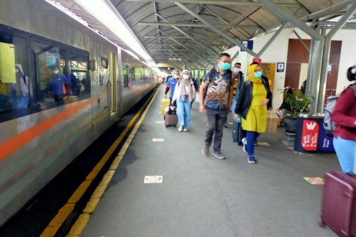 Daop Surabaya perpanjangan relasi KA Mutiara Timur  sampai Yogyakarta