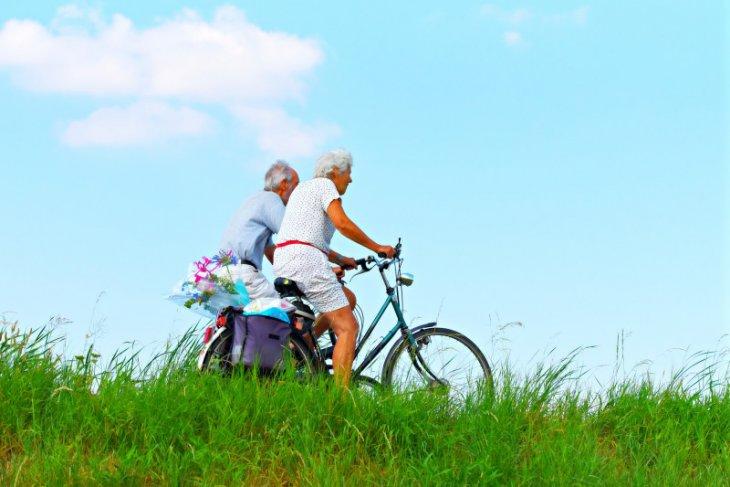Saat negara mendorong masyarakatnya menua dengan sehat