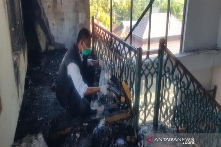 Oknum PNS bakar Kantor Bupati Bireuen Aceh