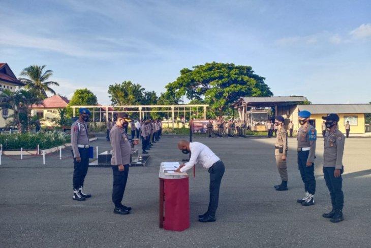Polri di Kepulauan Tanimbar teken pernyataan bebas Narkoba