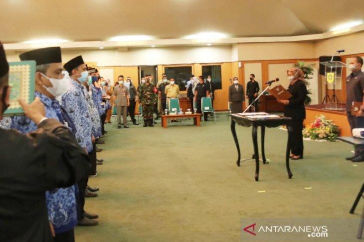 Bupati Bogor lantik 101 kepala puskesmas demi optimalisasi penanganan kesehatan