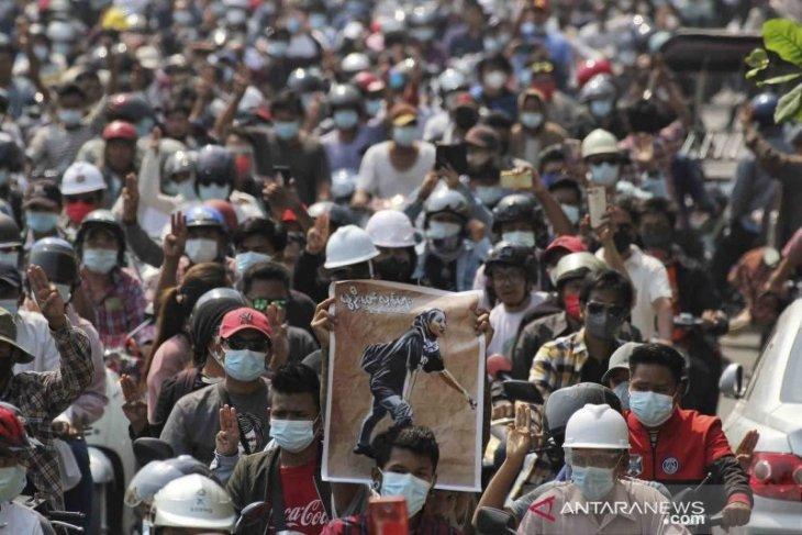 PBB gagal kutuk kudeta, pasukan Myanmar kepung pekerja yang mogok