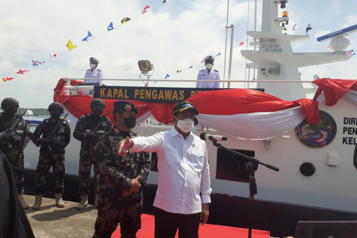 Minister Trenggono inaugurates two speed fishery surveillance ships