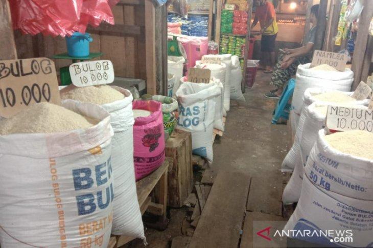 Harga sejumlah kebutuhan pokok masyarakat di Kota Ambon normal