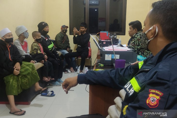 Aniaya santri, oknum guru ponpes dilaporkan ke polisi