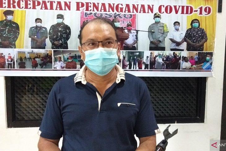 Sorong: 1,650 frontline public servants get second vaccine jab